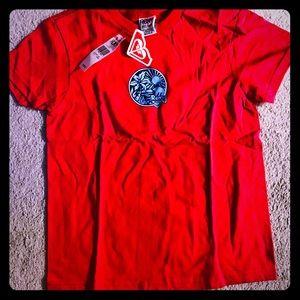 NWT ROXY RED SHORT SLEEVE T-SHIRT